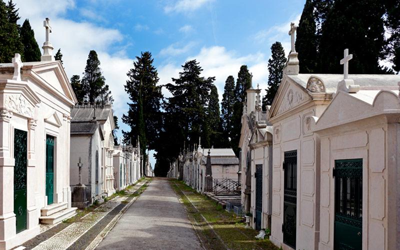 Agências funerárias no Porto – funeral para sepultura, jazigo e cremação